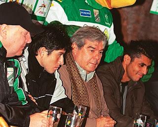 Oriente Petrolero - Pedro Azogue, Miguel Ángel Antelo, Yasmani Duk - DaleOoo.com web del Club Oriente Petrolero