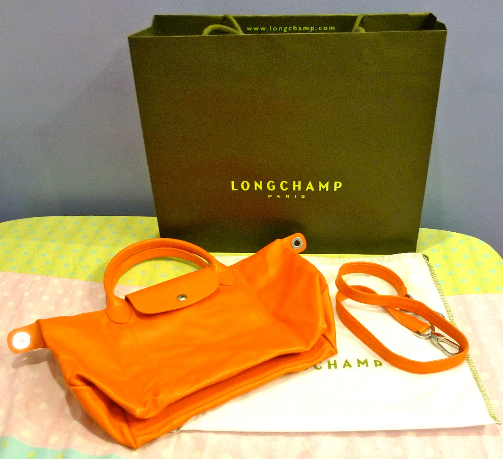 6842b3b4326c Longchamp Le Pliage Cuir+How to authenticate Longchamp Le Pliage ...