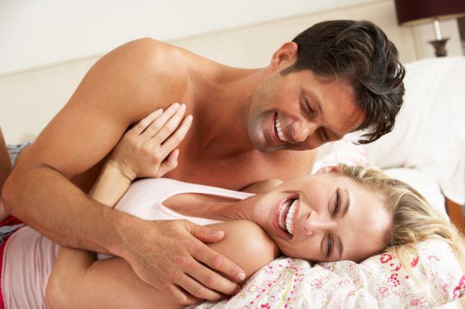 6 osisi seks yang aman saat hamil