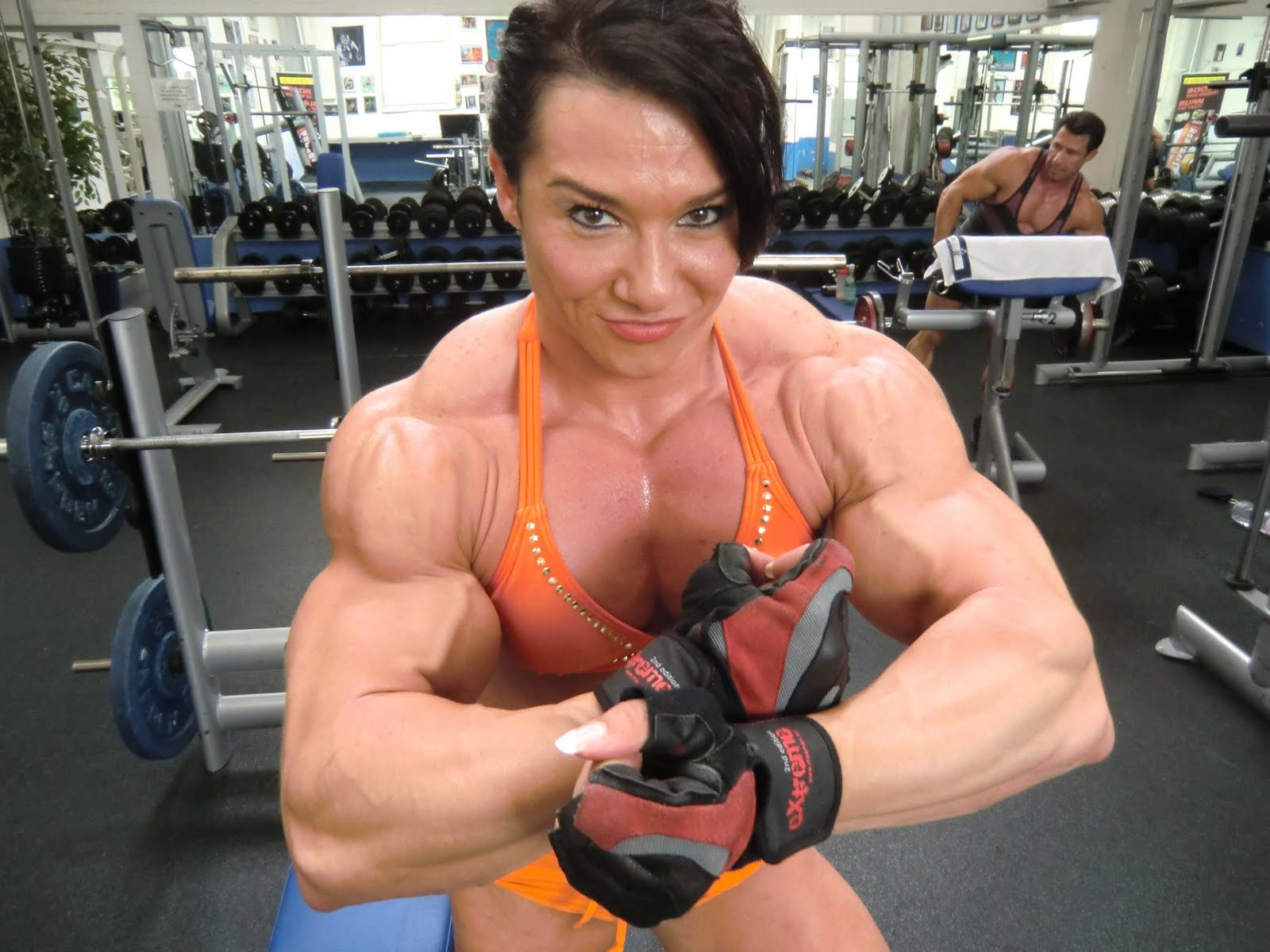 3 female bodybuilders play with each other 5