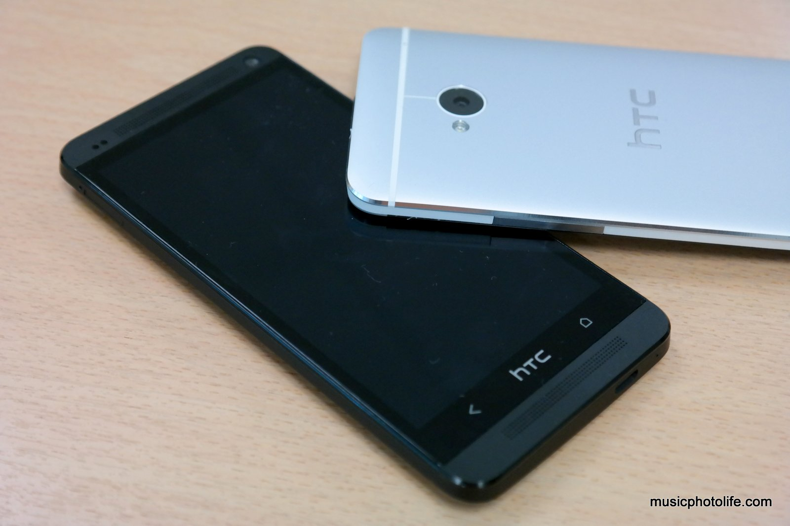 Music.Photo.Life.: HTC One Review: Beautiful Innovation