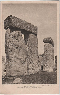 Vintage postcard of Trilithons in Horse Shoe, Stonehenge