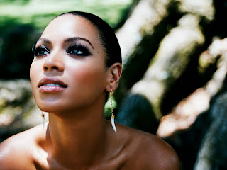 Beyonce Dark Eye Makeup HD Wallpaper