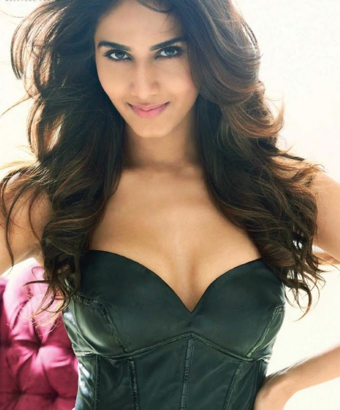vaani-kapoor-in-leather-croset-in-maxim-magazine