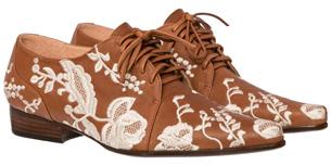 Luiza Barcelos Inverno 2015 Coleção Singular sapato feminino modelo Oxford em couro com bordados