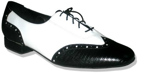 Pintucks Fred Astaires Shoes Wing Tip Love