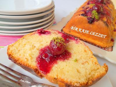soslu vişneli kek