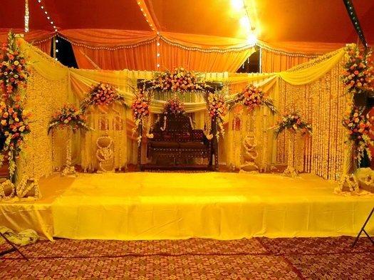 Simplicity Is The Keynote Of All True Elegance Mehndi