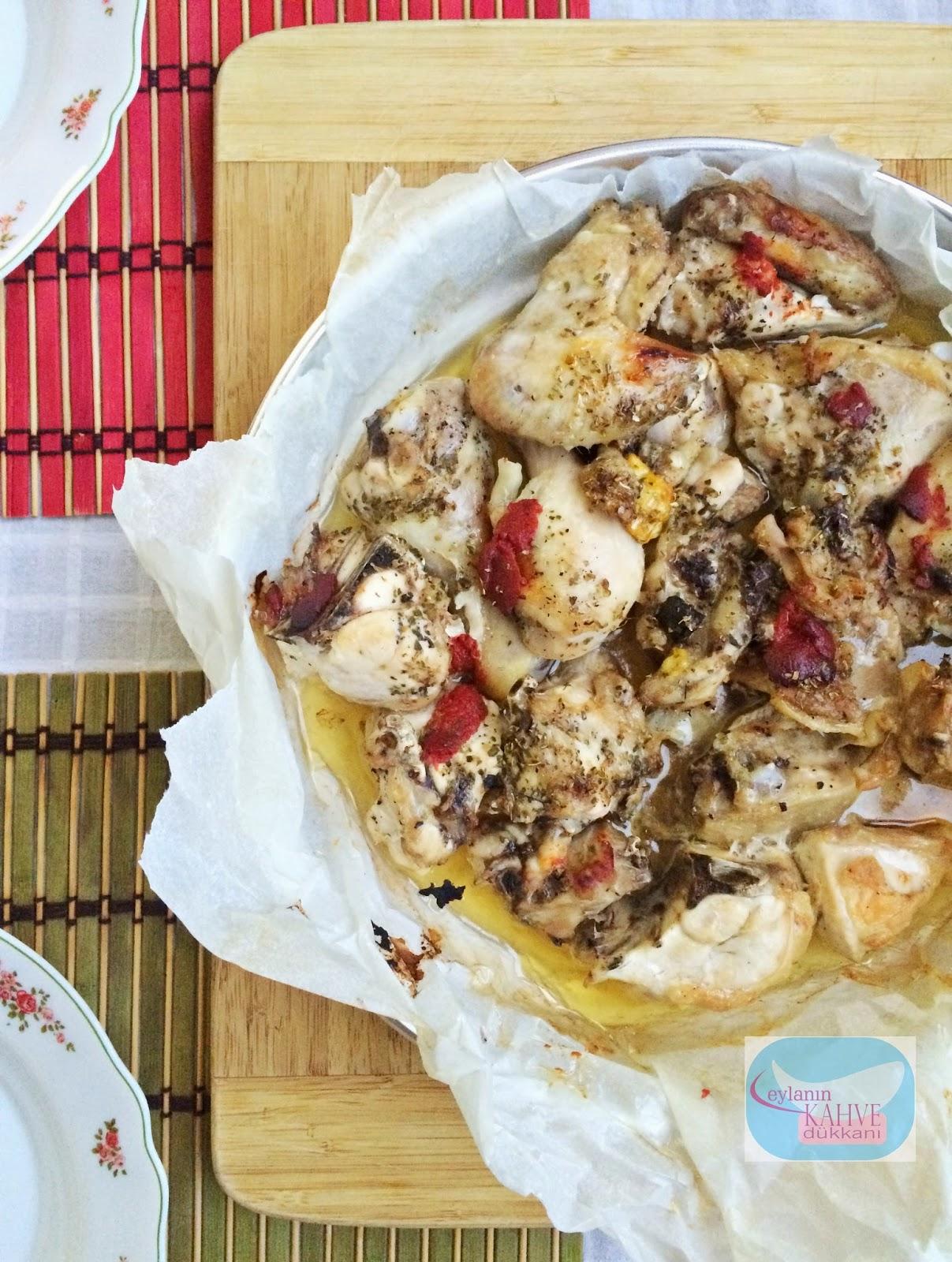 Fırında Baharatlı Tavuk ve Patates