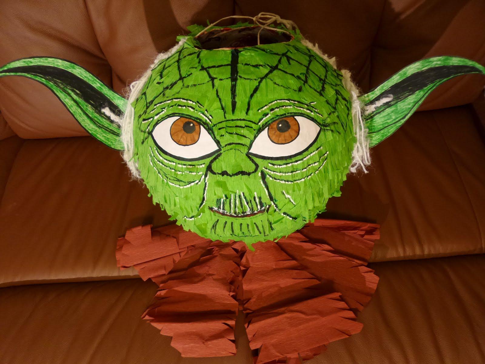 Piniata Mistrz Yoda - piniata gwiezdne wojny