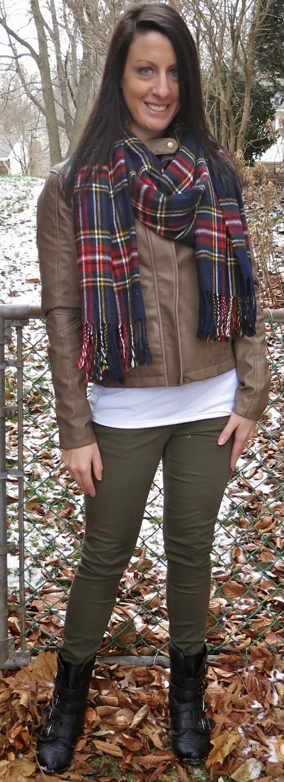 Fashion, front row shop, olive pants, ootd, outfit, Outfit Ideas, outfit of the day, tartan, what i wore,