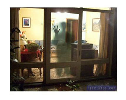 (Artikel) Tanda Ada Jin Dalam Rumah & Cara Mengusir