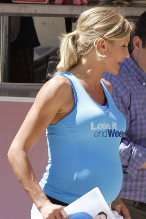 Pregnant Cameron Diaz Natural Look Photos