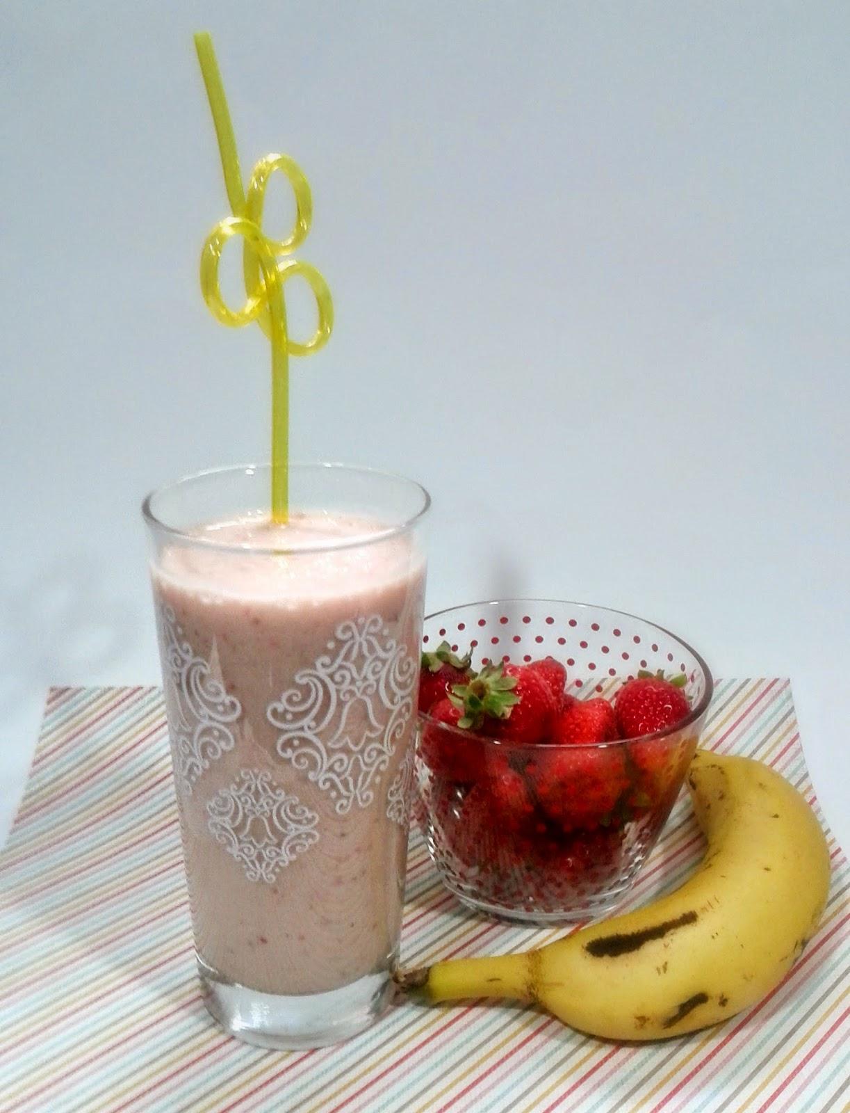smoothie de fresas y plátano