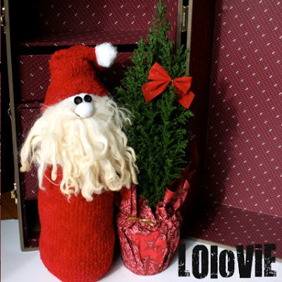 Make a Cute Santa from a Sock!