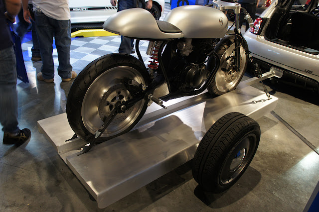 Fiat 500 Abarth Cafe Racer This was a concept single cylinder cafe racer bike which was displayed by Fiat to promote its Fiat 500 Abarth Cafe Racer car concept at SEMA 2012