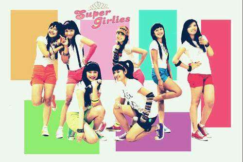 SUPER GIRLIES