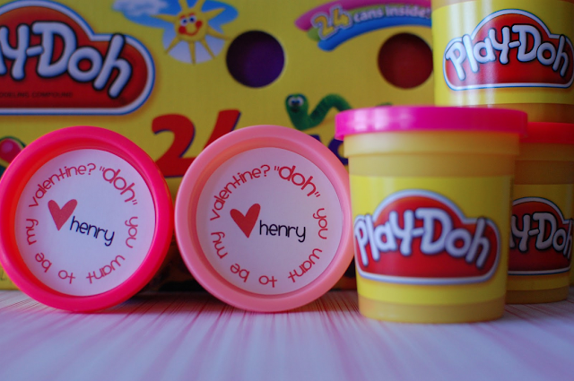 Random Thoughts of a Supermom- Play-Doh Valentine