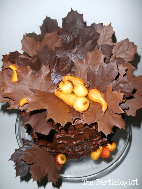 Making Leaves For Cake Decorating : The Partiologist: Chocolate Maple Leaf Cake!