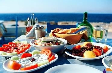 http://www.yemmy.pl/artykuly/85199-kuchnia-grecka-czyli-jak-jesc-zdrowo-i-ze-smakiem