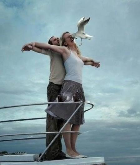 akting di kapal laut
