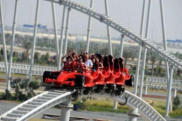 Taman+Hiburan+Ferrari 5 Taman Hiburan Paling Unik di Dunia