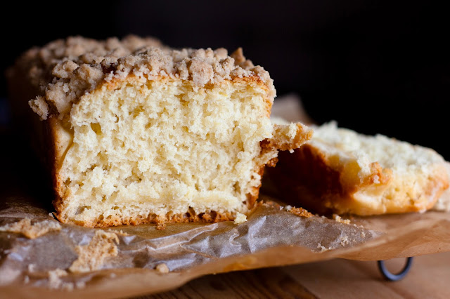 Sweet yeast cake