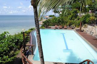Pool in Santiago Bay Garden Resort, Camotes, Cebu