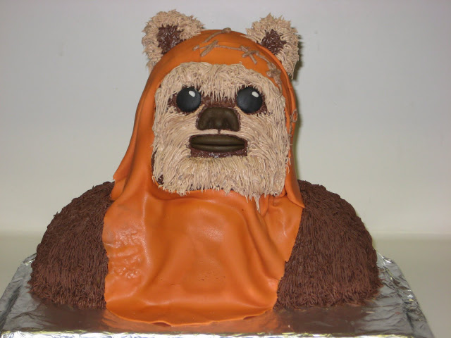 Star Wars 3D Wicket the Ewok Cake 4