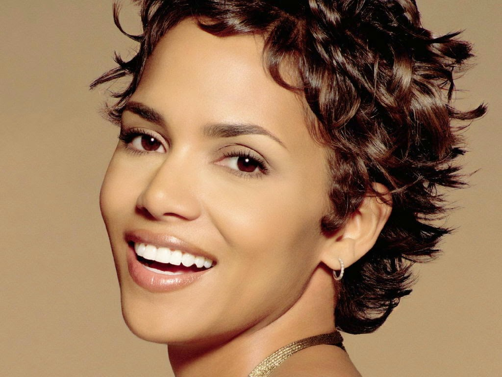 Halle Berry Curly Hair Designs for Short Hair - Hair Design for Short Hair
