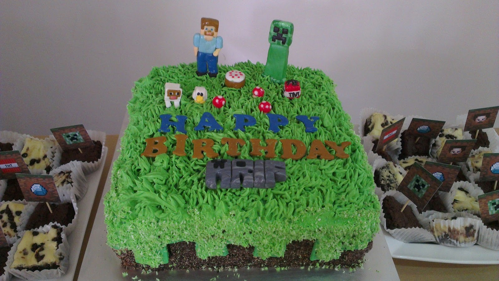 Minecraft dirt block cake dirt minecraft cake arif
