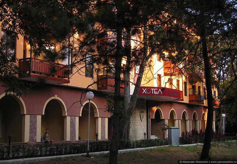 Отель Эстрея Палас в Св. св. Константин и Елена (Болгария)