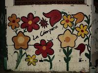 La Cámpora San Nicolás realizó pintadas y pegatinas