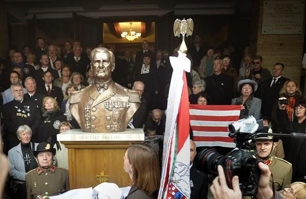 Írásbeli figyelmeztetést kapott Hegedűs Loránt a Horthy-szoboravatás miatt, Nem kifogásolta a Horthy-szobrot a bíróság Nemzeti1tv,