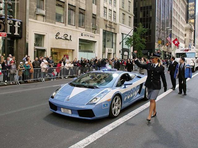 Gallardo police cars