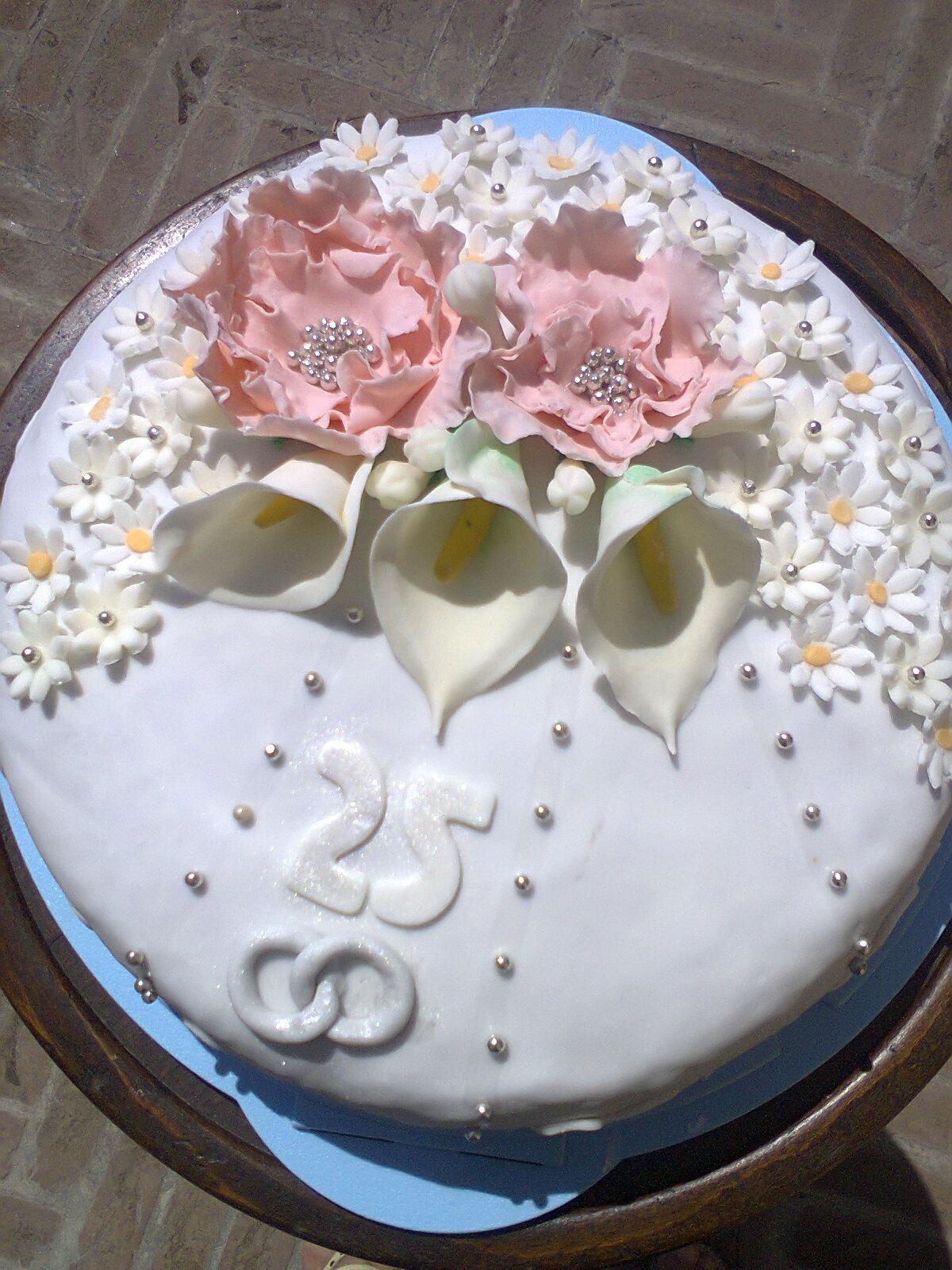 Anniversario di matrimonio 25 anni alta pasticcioneria for Anniversario di matrimonio 25