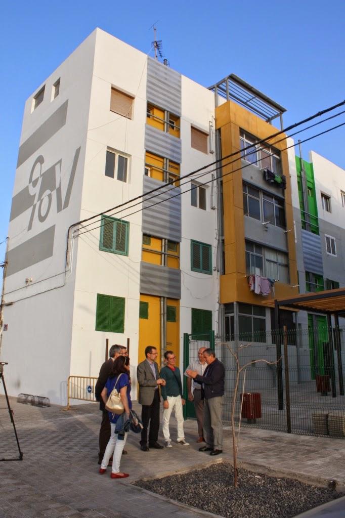 Fuerteventura la rehabilitaci n de las 90 viviendas de - Vivienda puerto del rosario ...