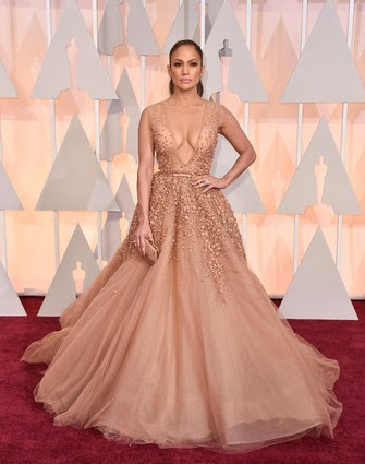 Jennifer Lopez in Elie Saab at Oscars 2015