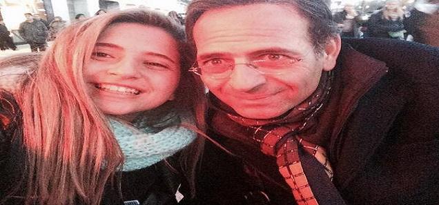 آخر صور المرحوم ممدوح عبد العليم مع زوجته و ابنته قبل وفاته بأيام قليلة