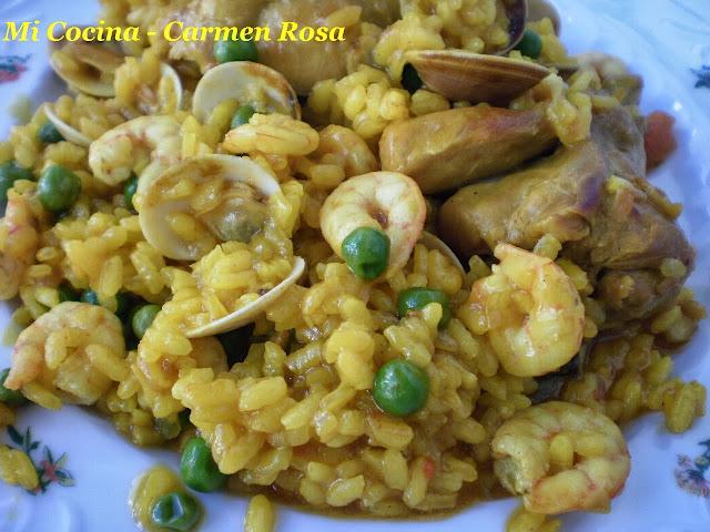 Mi cocina paella de arroz con pollo campero almejas y for Mi cocina malaga
