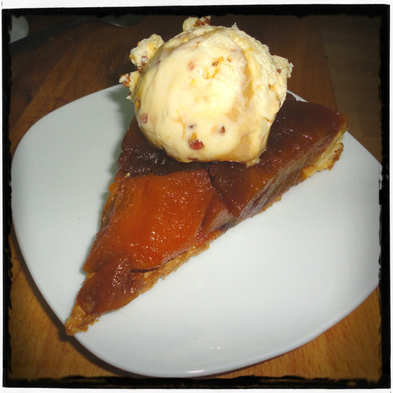 Trocito de tarta tatin