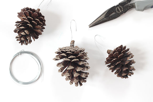 How to make frosted pinecone ornaments: Step 1