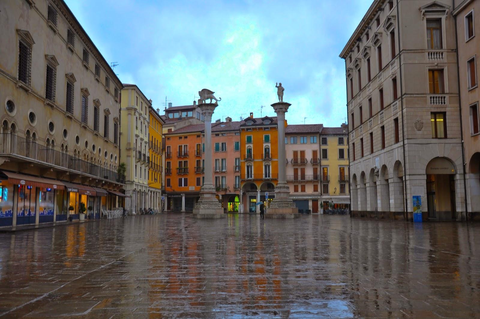 Vicenza Piazza dei Signori drenched torrential rain
