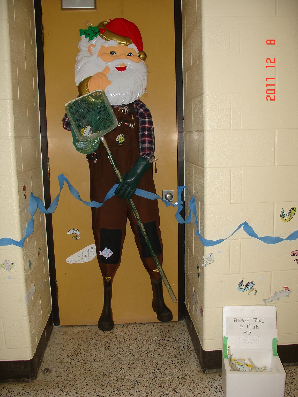 Christmas door decorating contest results & UW Biology Graduate Student Association: Christmas door decorating ...