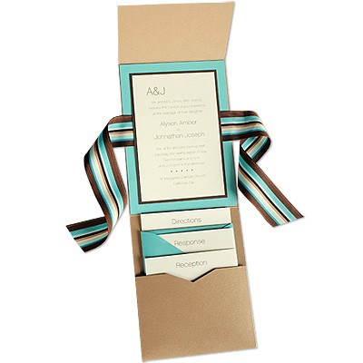 There are several different varieties of pocket invitations