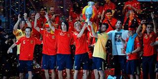 Piala_Eropa_2008_Spanyol_Winner