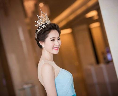 Hoa hậu Đặng Thu Thảo đẹp hoàn hảo sau 2 năm đăng quang