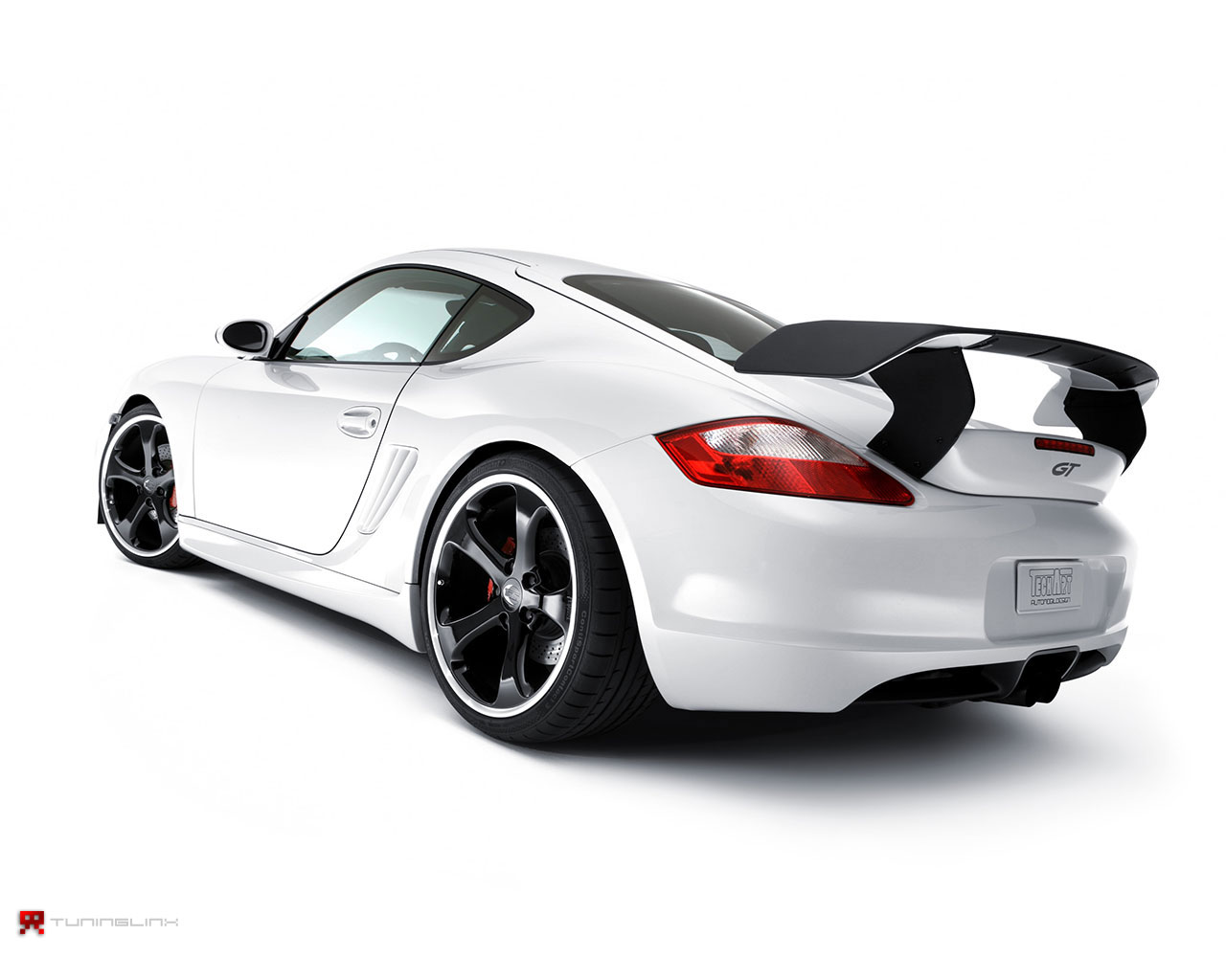 http://4.bp.blogspot.com/-nMsVXiCRv3s/UPZbHDnGYnI/AAAAAAAAAVk/GnhJ4rdGcQA/s1600/Porsche-wallpaper-2.jpg