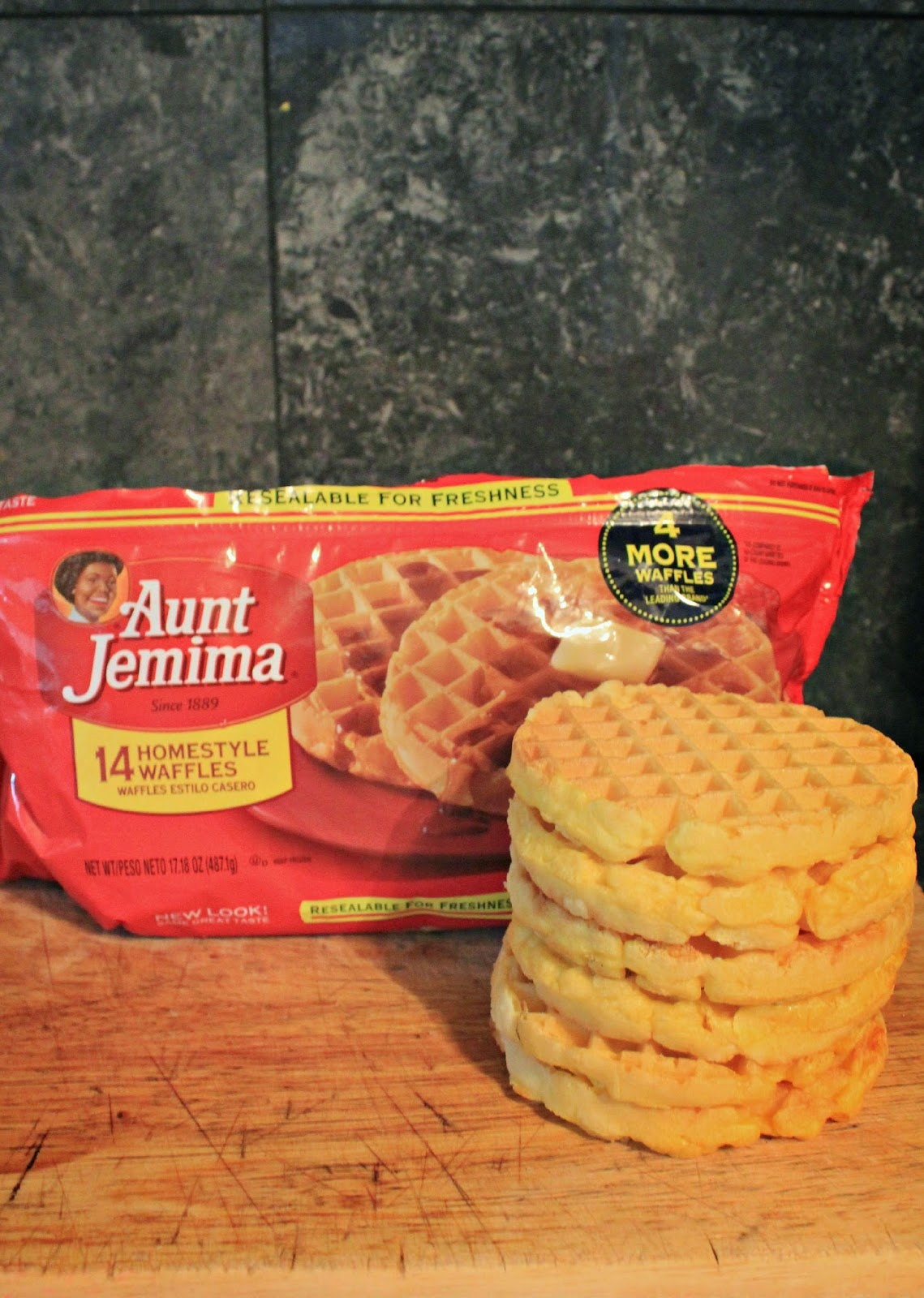 NEW Aunt Jemima frozen waffles in resealable bag! #4MoreWaffles #shop