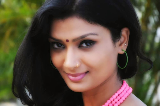 Miss Leelavathi Actress Ishitha Spicy Pictures 15.jpg